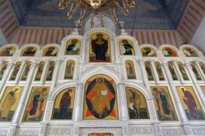 Иконостас Благовещенского храма села Липецы Московской области